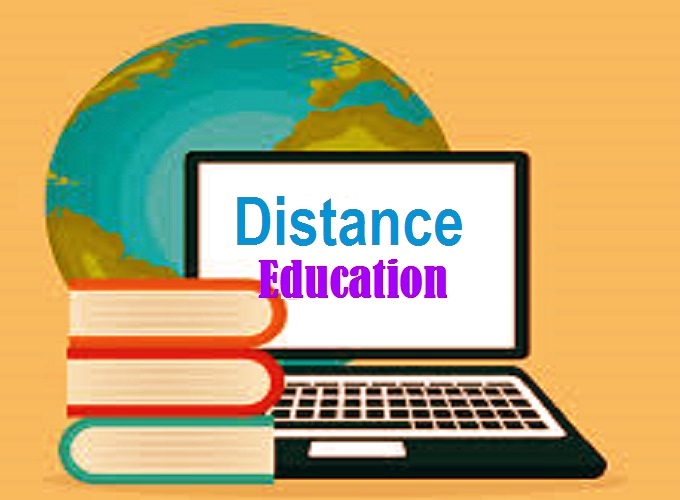 Distance Education Vs. Regular Education: Which Is Better For You?